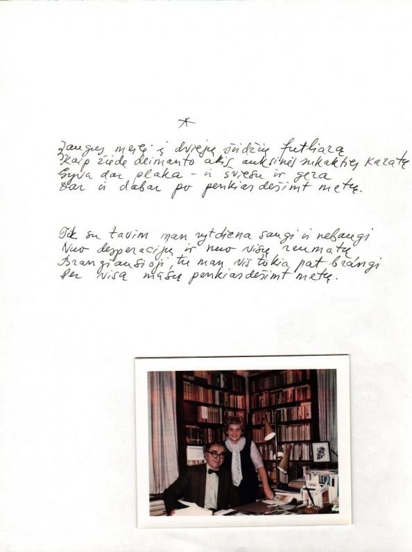 B. Brazdžionio rankraštis. Nuotraukoje – Aldona ir Bernardas Brazdžioniai savo namuose Los Andžele 1972 m.