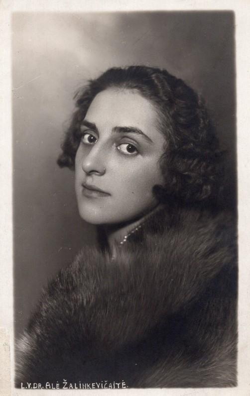 E. Žalinkevičaitė-Petrauskienė. 1929 m.