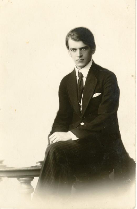 Elegantiškasis K. Binkis. Apie 1920 m.