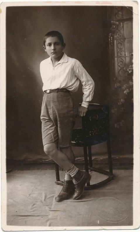 Vaclovui Šiugždiniui – šešiolika. 1927 m.