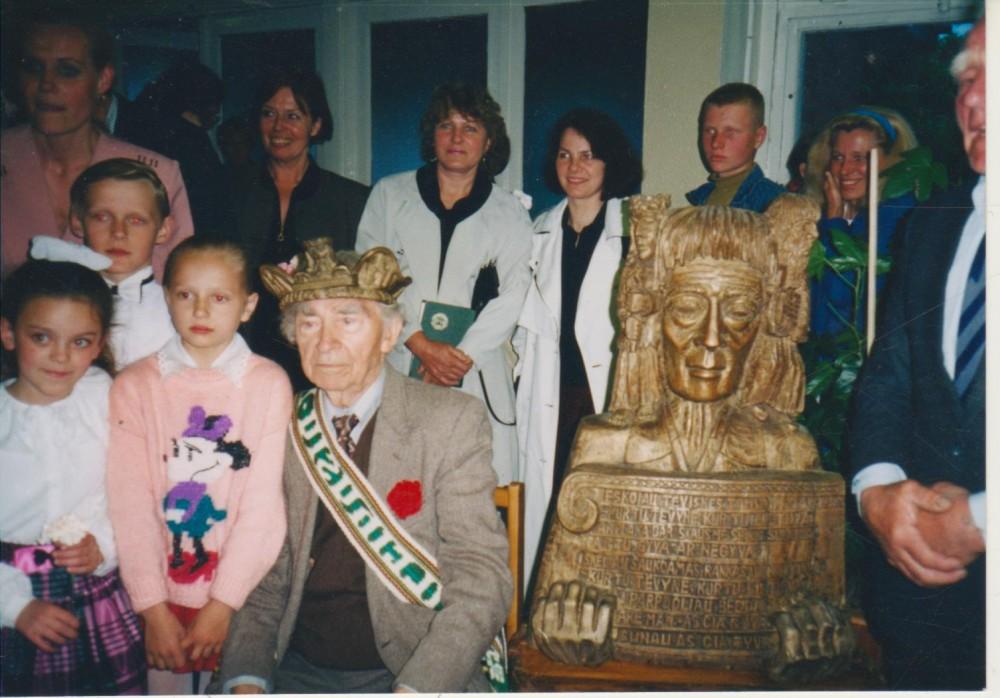 B. Brazdžionis Elektrėnų I-oje vidurinėje mokykloje, 1997 m. gegužės 31 d.
