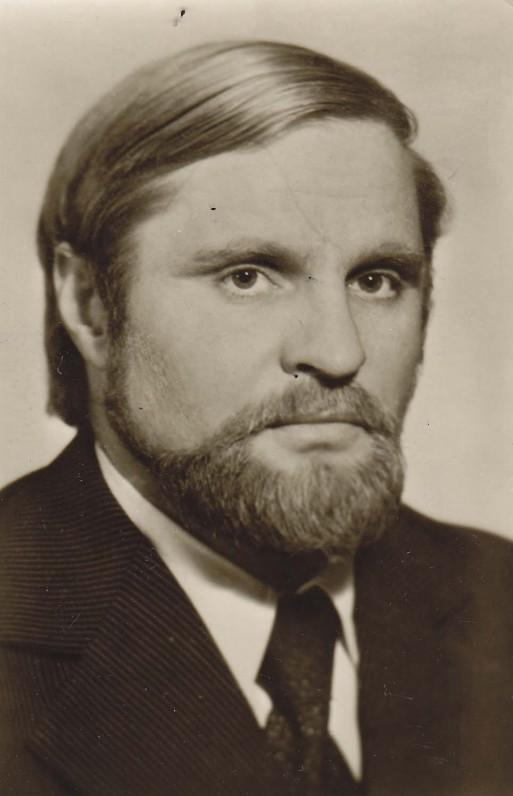 """B. Radzevičius – romano """"Priešaušrio vieškeliai"""" autorius. Vilnius, 1979 m."""