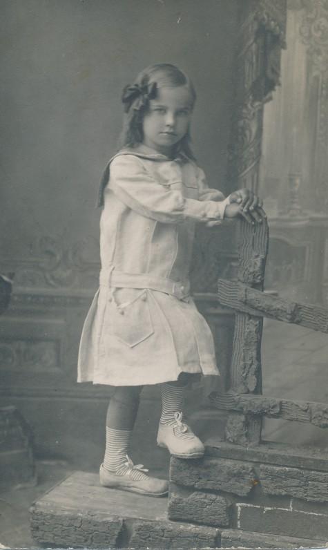 Danutė Lipčiūtė. Apie 1920 m.
