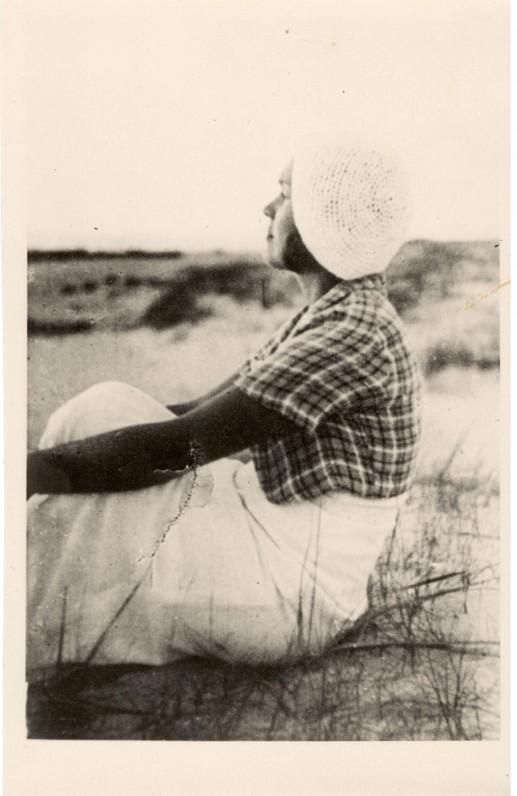 S. Nėris. Palanga, apie 1932 m.