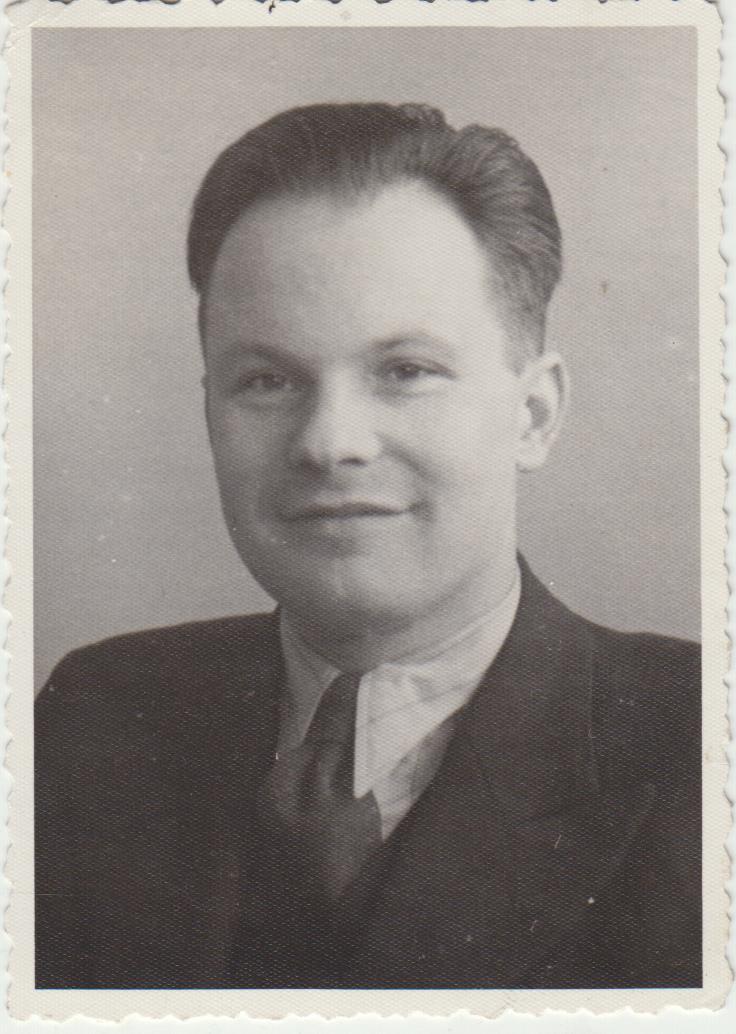 Stepas Zobarskas apie 1943 m.