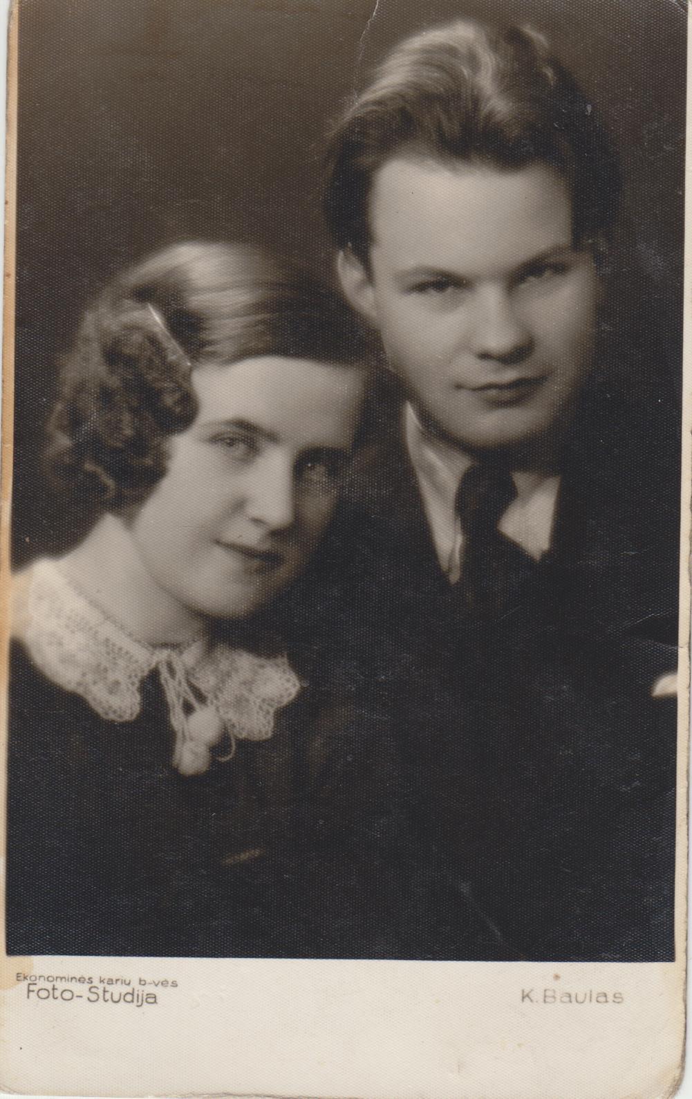 Su žmona Matilda Malinauskaite apie 1936 m.