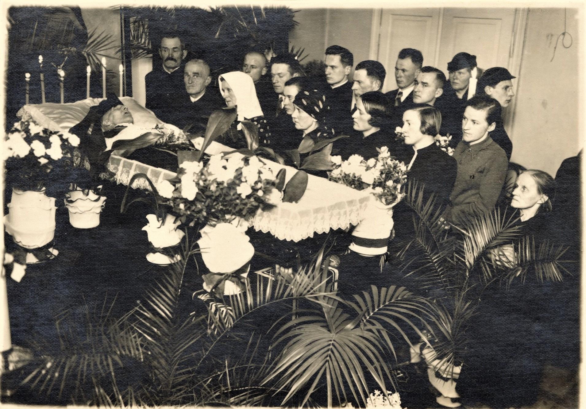 A. Jakšto-Dambrausko laidotuvės. Kaunas. 1938 m.
