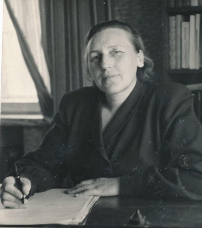 Ieva Simonaitytė. 1949 m.