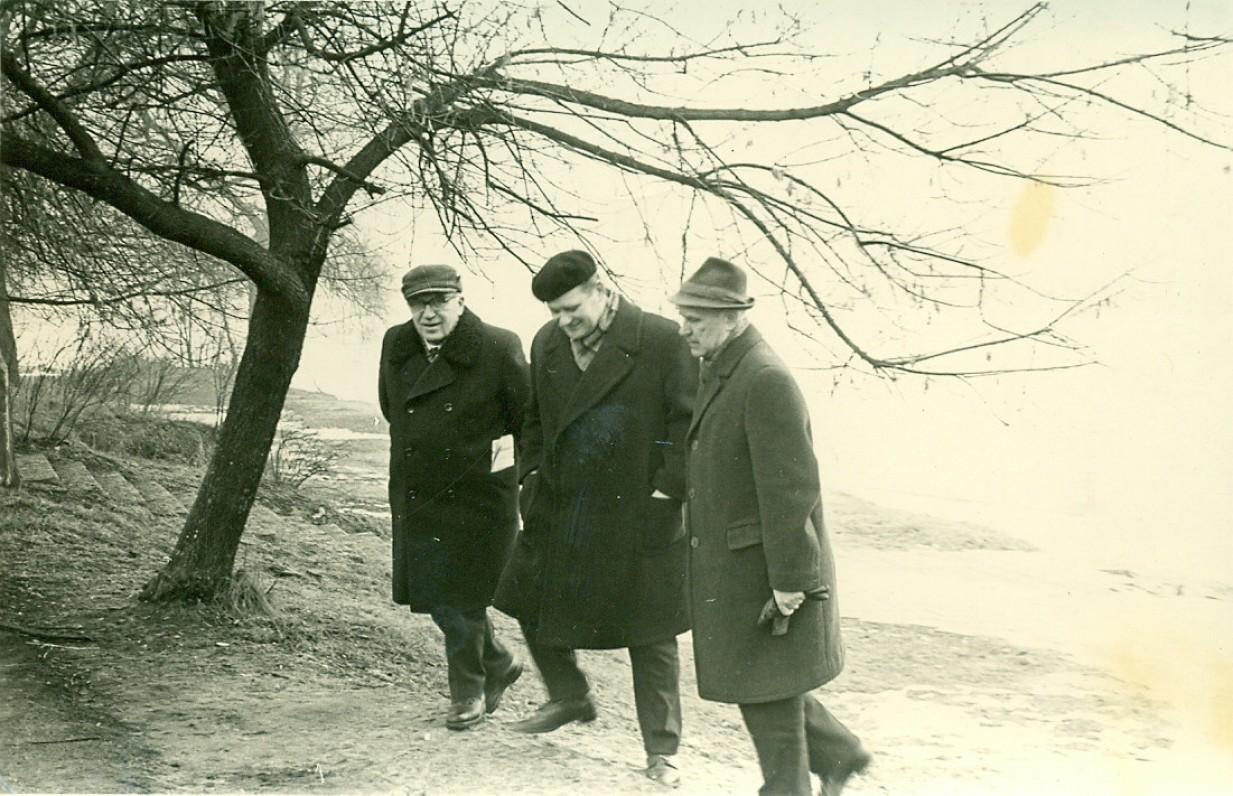 A. Žukauskas, V. Petkevičius ir V. Miliūnas. Druskininkai, 1971 m.
