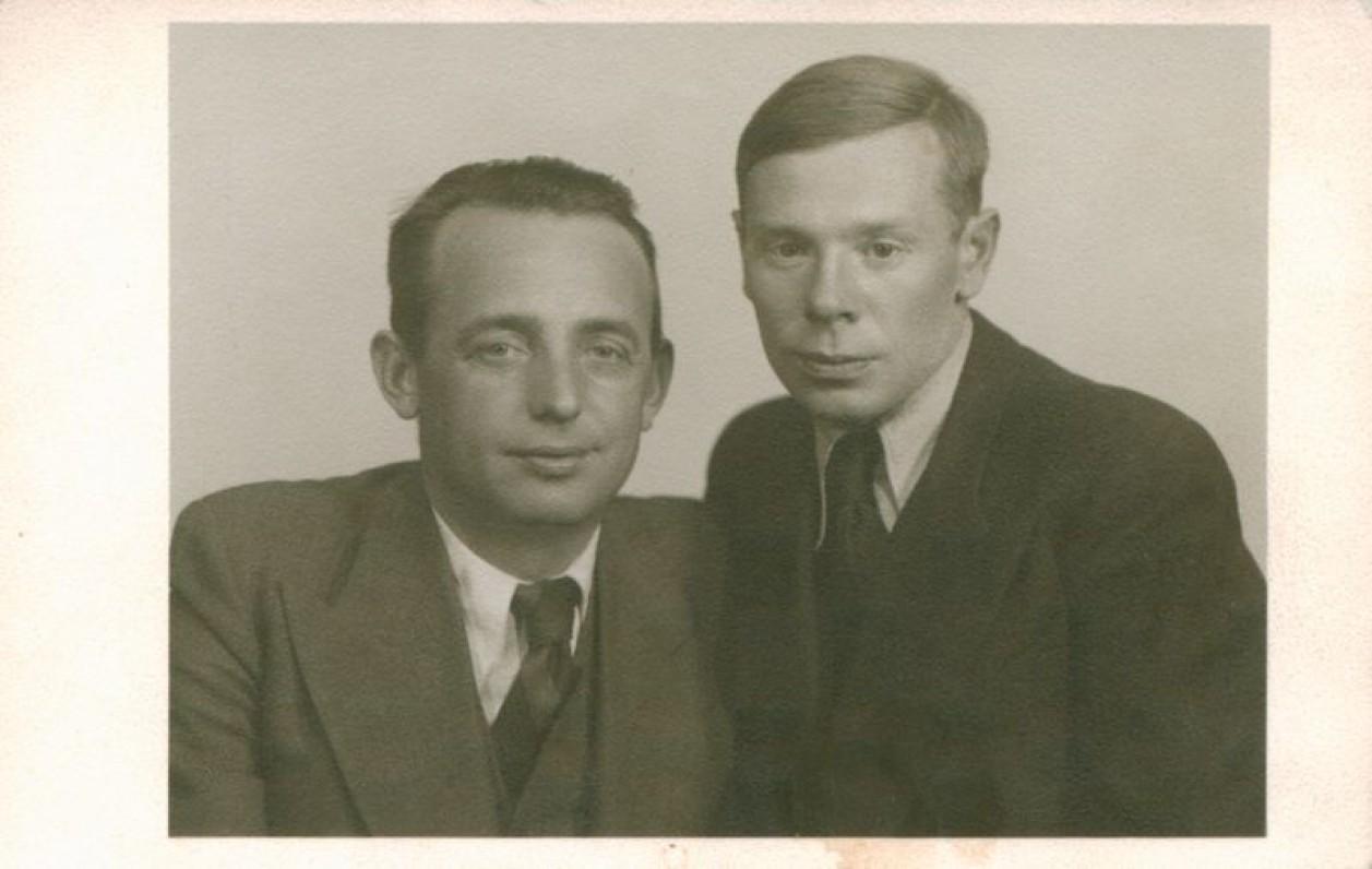 Antanas Miškinis ir Jonas Aistis. Kaunas, 1935 m.