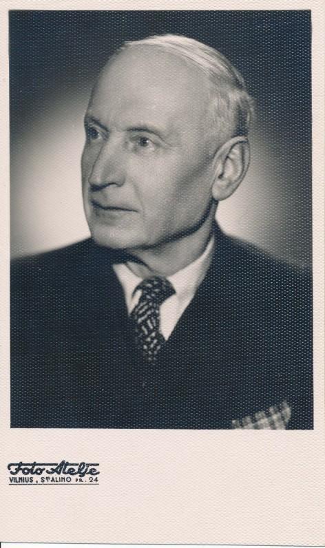 Antanas Vienuolis-Žukauskas. Vilnius, 1956 m.