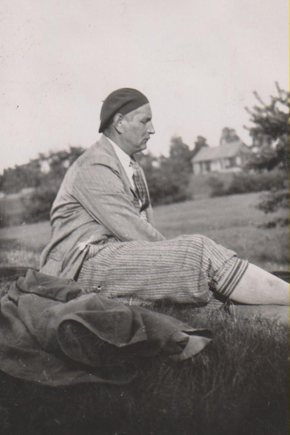 Apie 1937 m.
