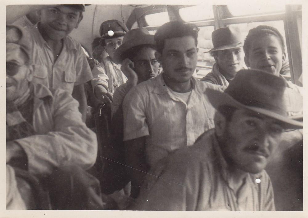 Autobuso keleiviai. Brazilija, apie 1946–1950 m.