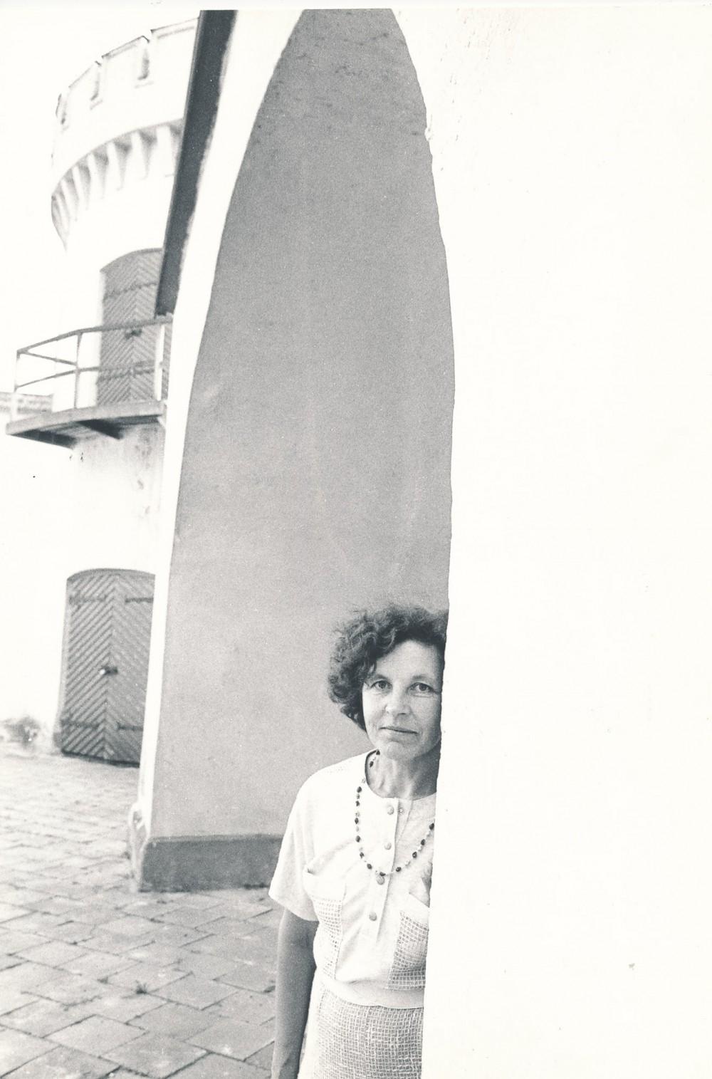B. Baltrušaitytė Tauragėje. R. Rakausko fotografija. 1987 m.