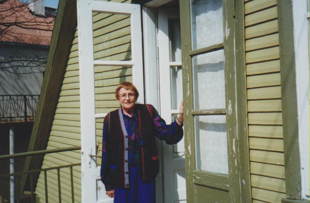 B. ir V. Sruogų namuose-muziejuje. Kaunas, 1996 m. balandžio 10 d.