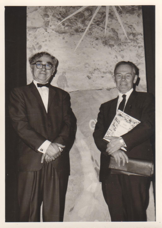 B. Brazdžionis su Jonu Aisčiu Kalifornijoje. 1967 m. Nuotrauka L. Kanto