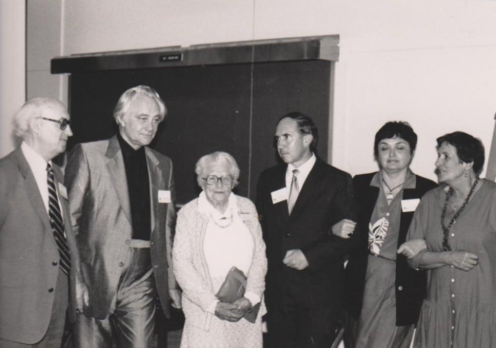 Baltijos studijų konferencija Viskonseno universitete. B. Vaškelis, A. Straumanis, V. Sruogienė, A. Samulionis, V. Kelertienė, D. Sruogaitė. Medisonas. 1986 05 29–31