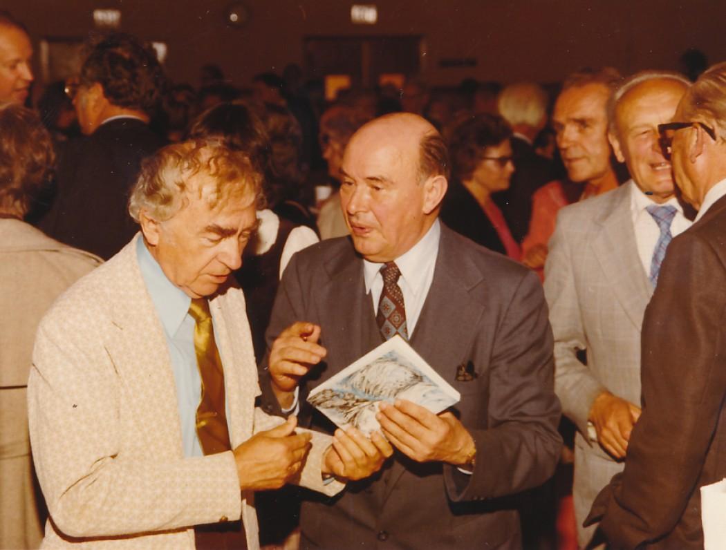 Bernardas Brazdžionis ir Paulius Jurkus
