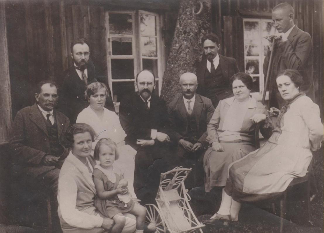 Bugiai, apie 1928 m.