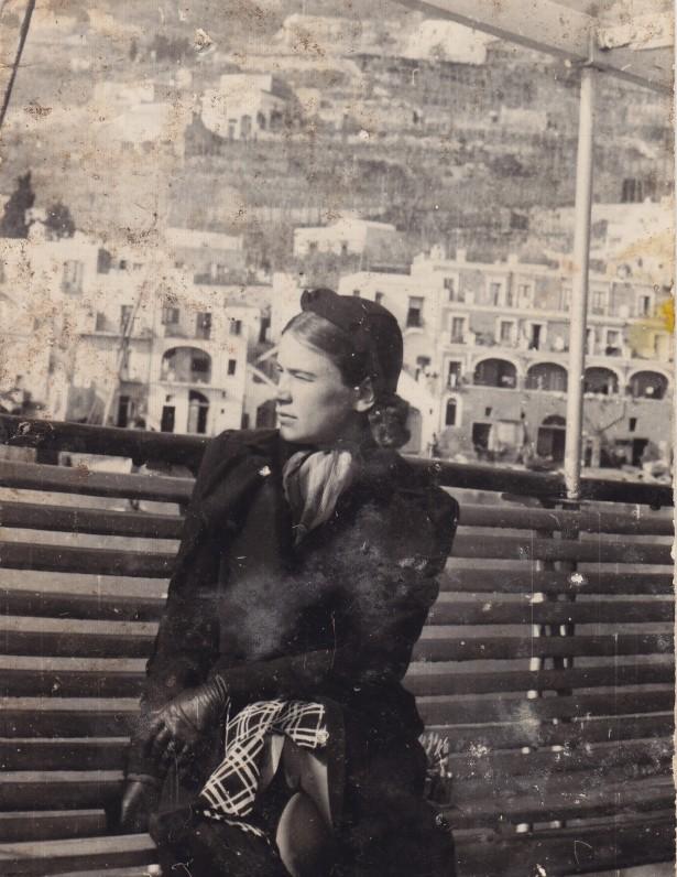D. Lipčiūtė-Augienė Capri saloje. 1938 m.