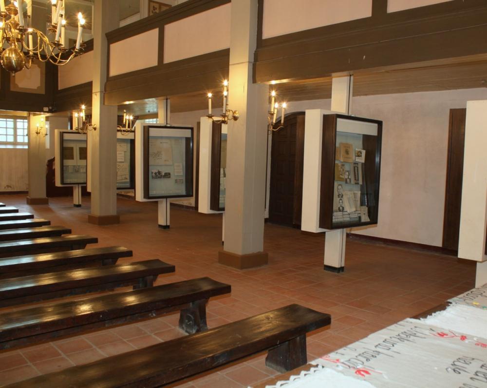 Dabar čia veikia 1979 m. atidarytas K. Donelaičio muziejus
