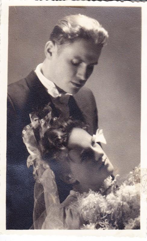 Elena ir Edmundas Arbai vestuvių dieną. Vilnius, 1943 m. lapkričio 16 d.