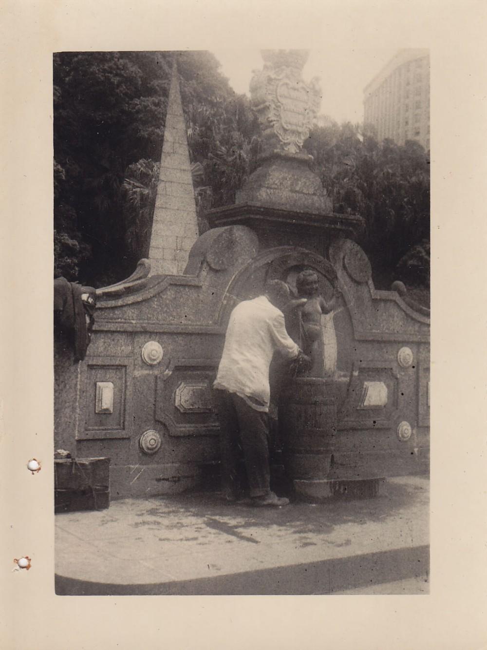 Fontanas mieste. Brazilija, apie 1946–1950 m.