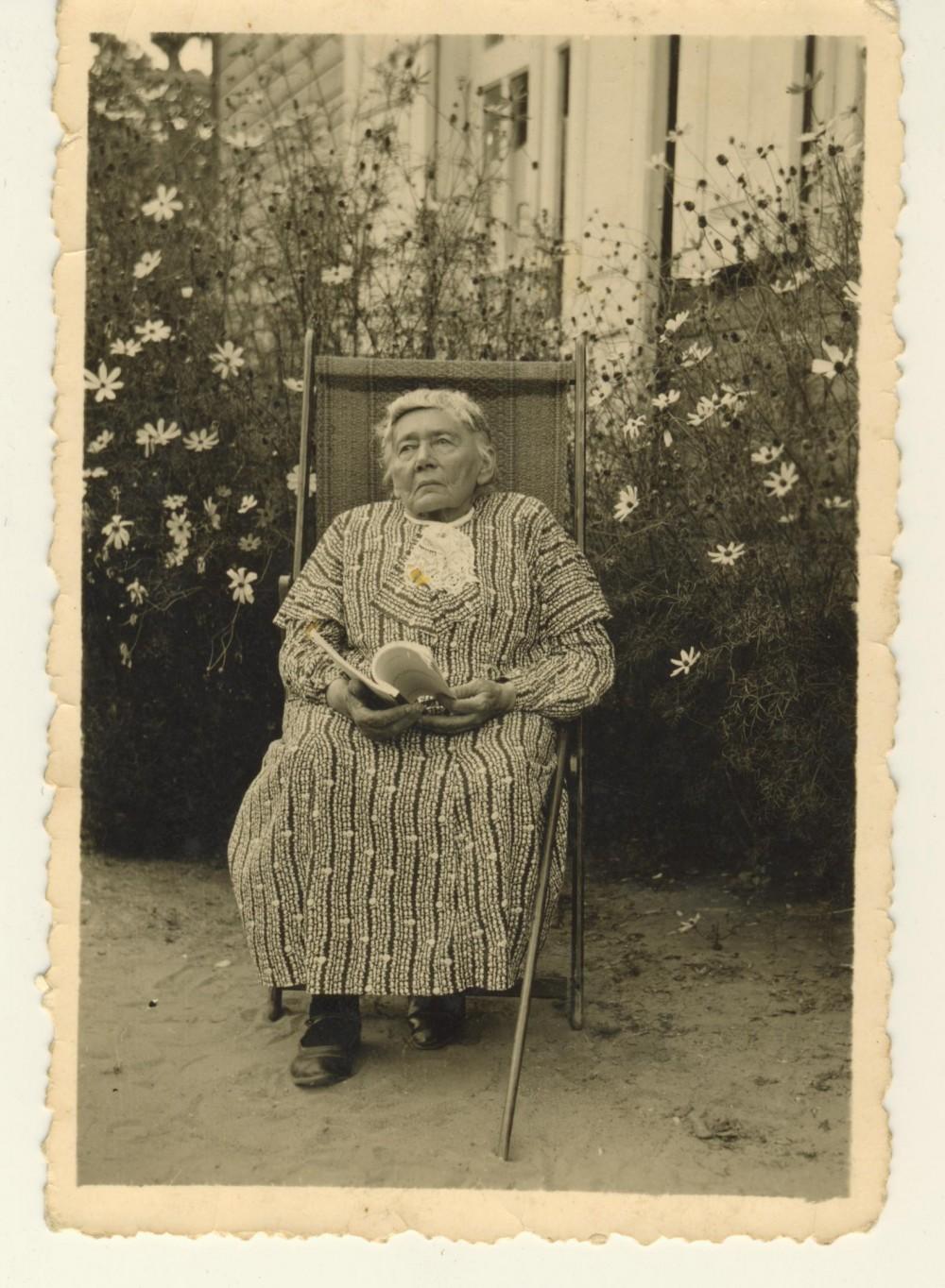 G. Petkevičaitė Panevėžyje. 1937 m.