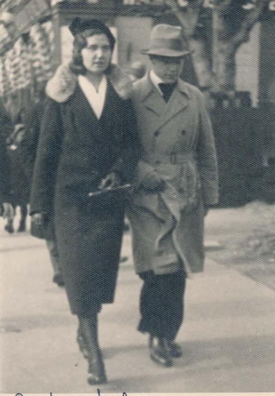 Gražina Tulauskaitė ir Benediktas Babrauskas. Kaunas, 1934 m.