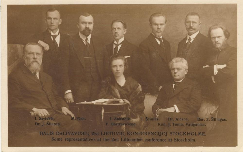 I. Šeinius su kitais lietuvių konferencijos dalyviais Stokholme. 1917 m.