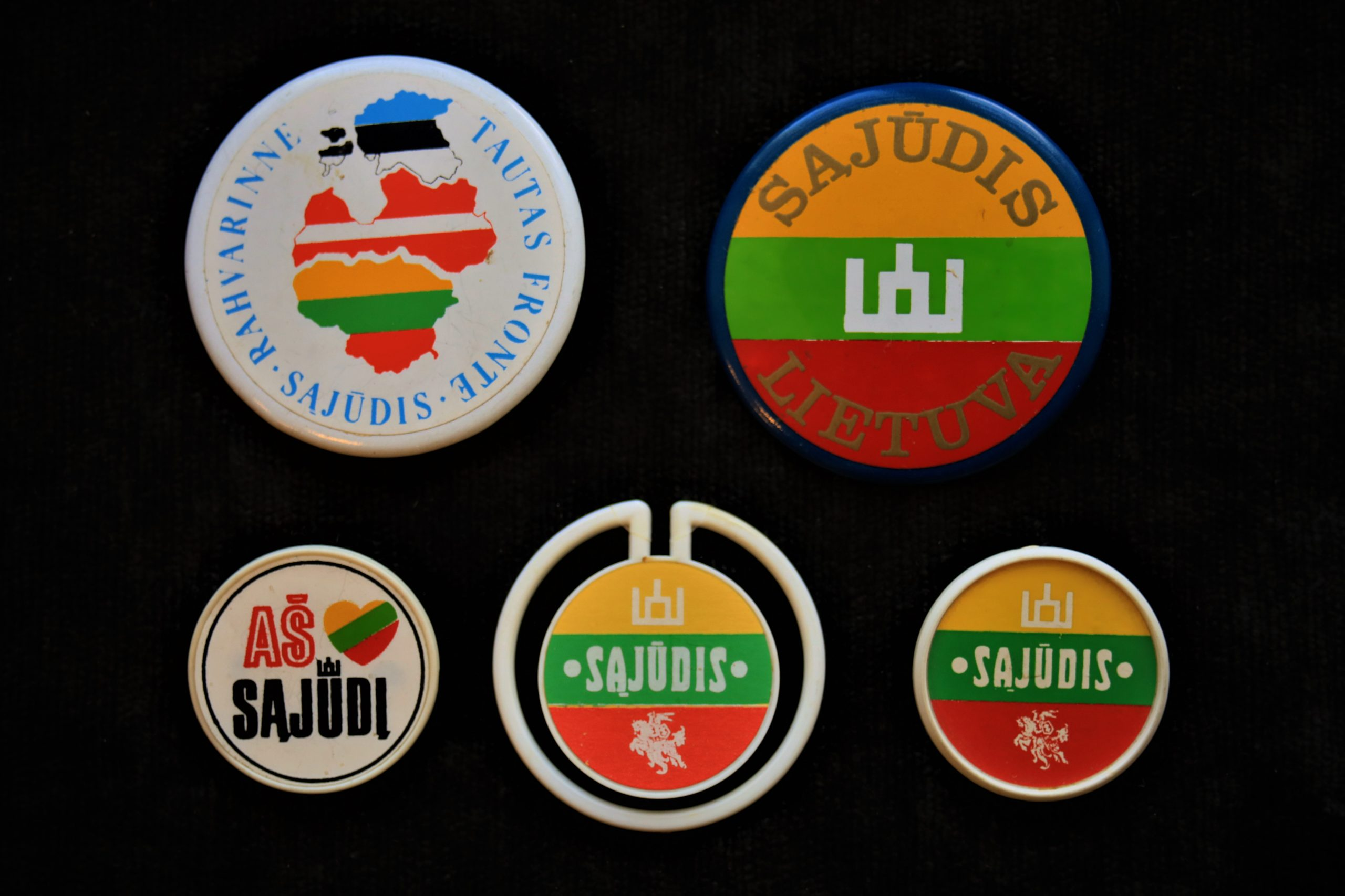 Lietuvos Sąjūdžio ženkleliai
