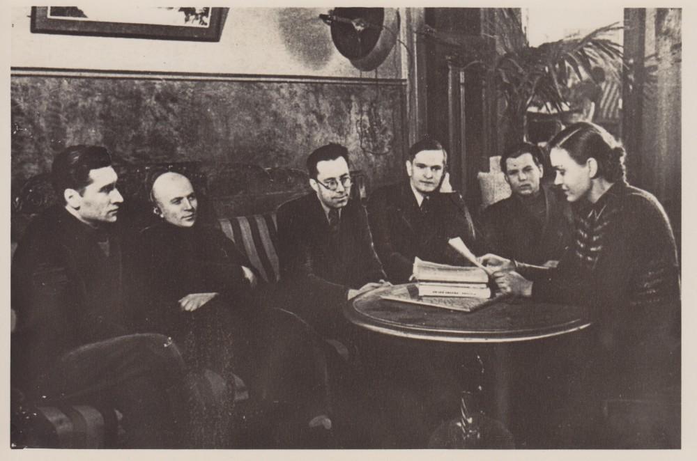 J. Marcinkevičius, J. Baltušis, K. Korsakas, A. Venclova, J. Šimkus, S. Bučienė. Maskva. 1943 m.