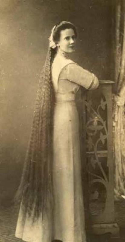 Jadvyga Stanelytė. Maironio dukterėčių mokytoja, gera poeto bičiulė, įkvėpėja