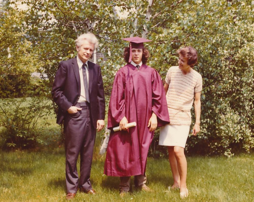 K. Ostrauskas su sūnumi Dariumi ir žmona Danute. 1972 m.