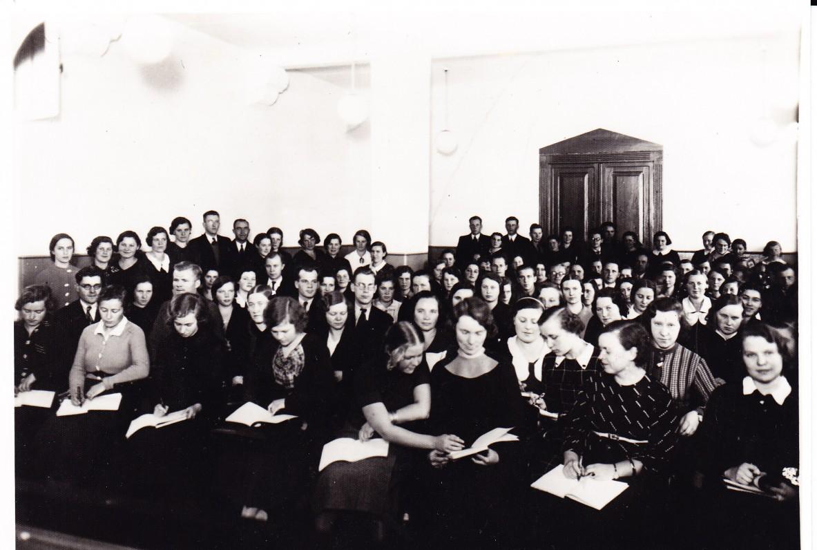 Klaipėdos pedagoginiame institute. Apie 1937 m.