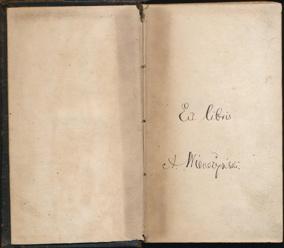 """Knygos """"Breviarium Romanum"""" priešlapyje esantis A. Vienažindžio įrašas juodu rašalu liudija šios knygos priklausomybę poetui"""