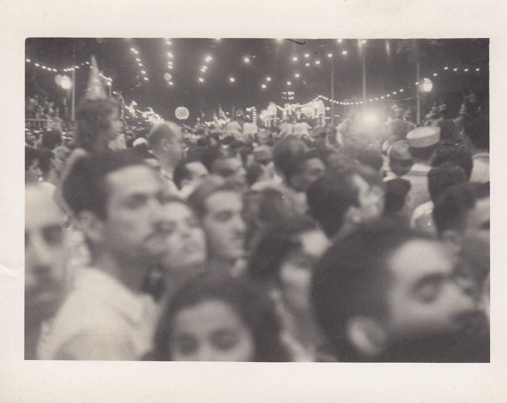 Minia naktiniame mieste. Brazilija, apie 1946–1950 m.