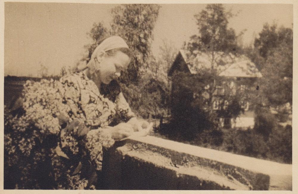 Namo terasoje. Palemonas. 1940 m.