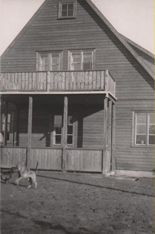 Namo vaizdas iš Ramiosios gatvės pusės. Kaunas. 1938 m. ruduo