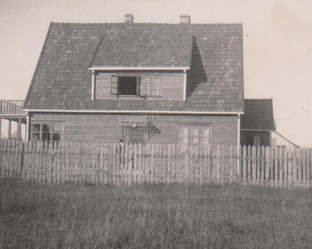 Namo vaizdas iš pietų pusės. Kaunas. 1938 m. ruduo
