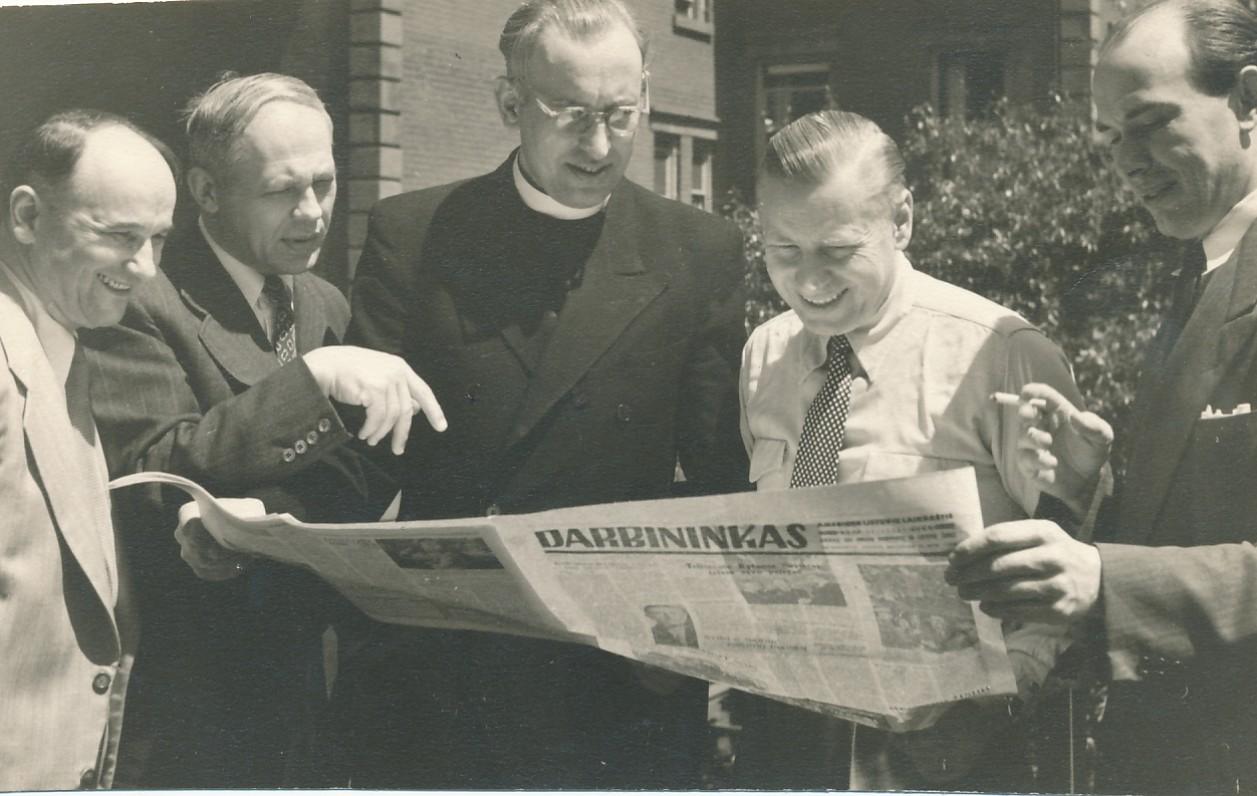 P. Jurkus, S. Sužiedėlis, kun. M. Stepaitis, J. Brazaitis. Bruklinas, apie 1953 m.