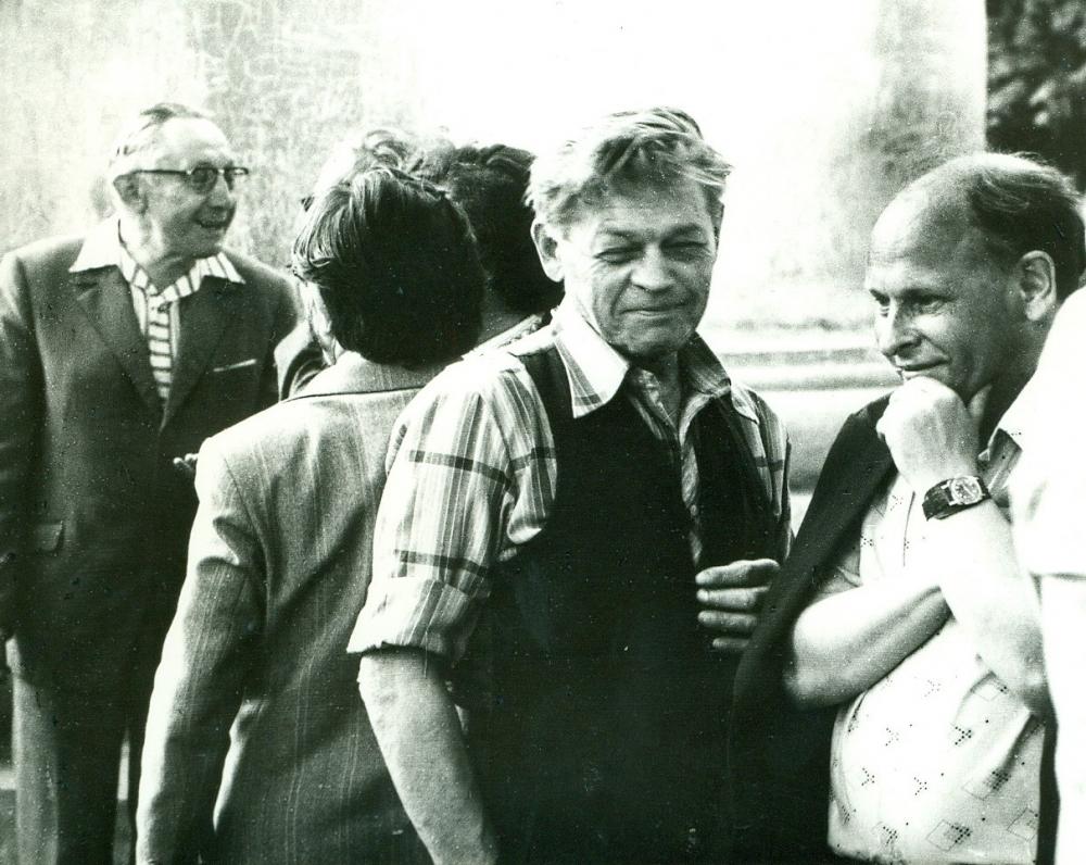 P. Širvys, J. Strielkūnas ir kiti Poezijos pavasario renginio metu. 1978 m.