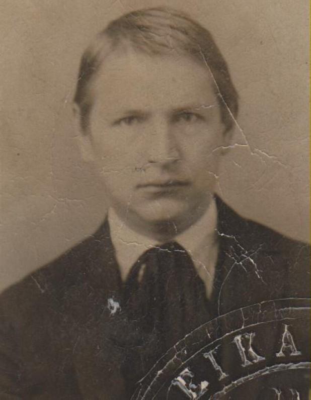 Panevėžio realinės mokyklos moksleivis. Apie 1914 m.