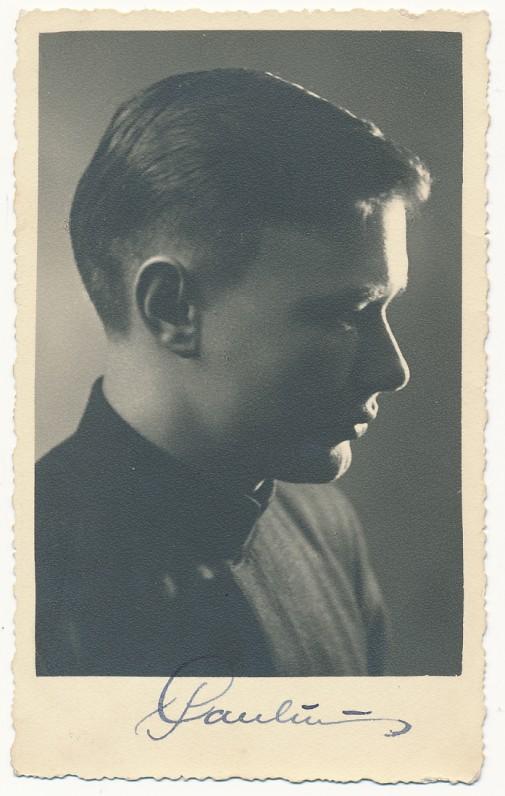 Paulius Jurkus – Telšių gimnazijos abiturientas. 1936 m. birželio 13 d.