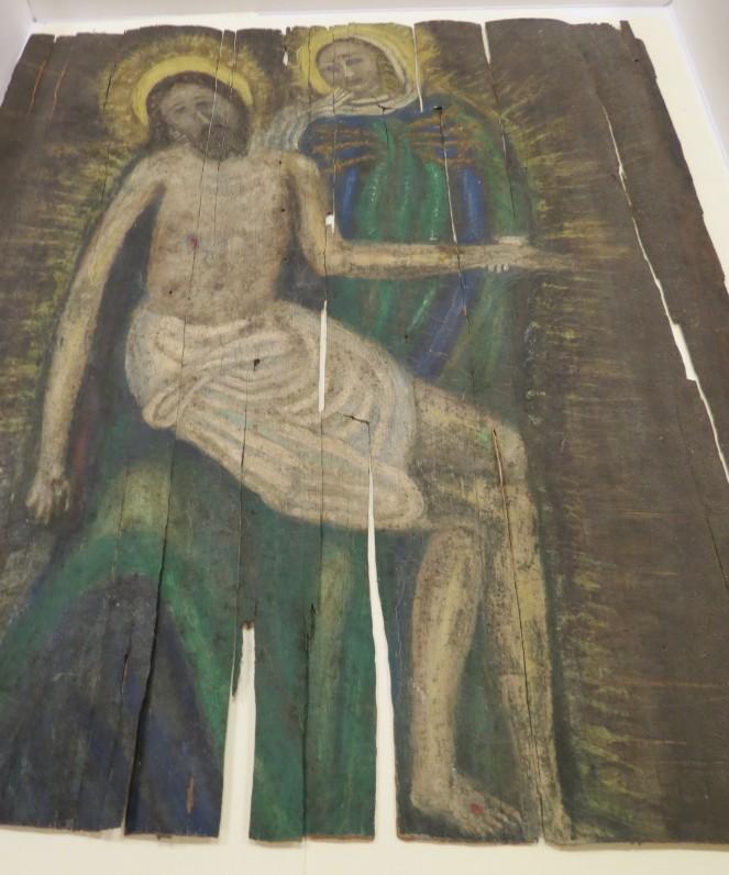 """Paveikslas """"Pieta – Marija ir Kristus"""". Tapyta, manoma, ant beržo žievės (tošies). Aukštis 63 cm, plotis 54 cm. Sukūrimo metai ir vieta nežinoma"""