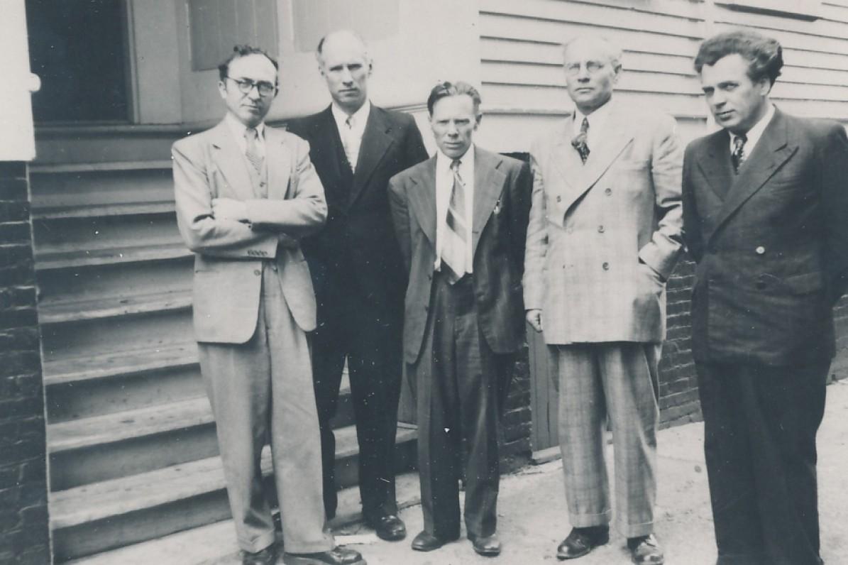 Pirmoji Lietuvių rašytojų draugijos valdyba JAV. 1950 m. B. Brazdžionis, S. Santvaras, J. Aistis, F. Kirša