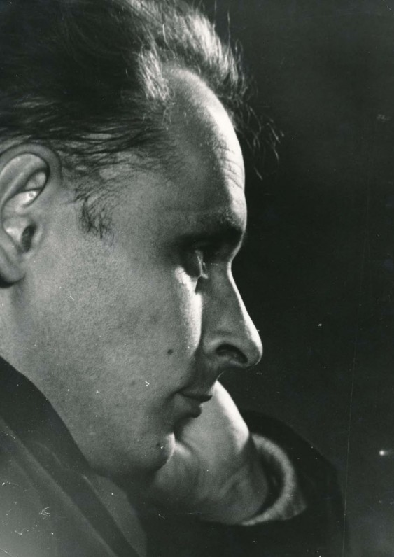 Poetas apie 1970 m. A. Baryso fotografija