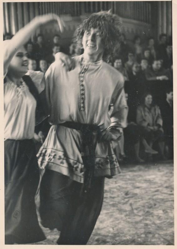 Šokių egzaminas konservatorijoje. 1960 m.