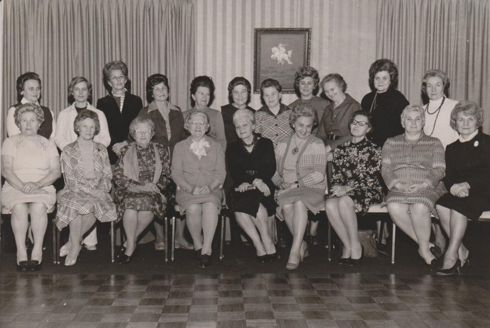 Su Lietuvių moterų federacijos narėmis. Čikaga. 1973 m.