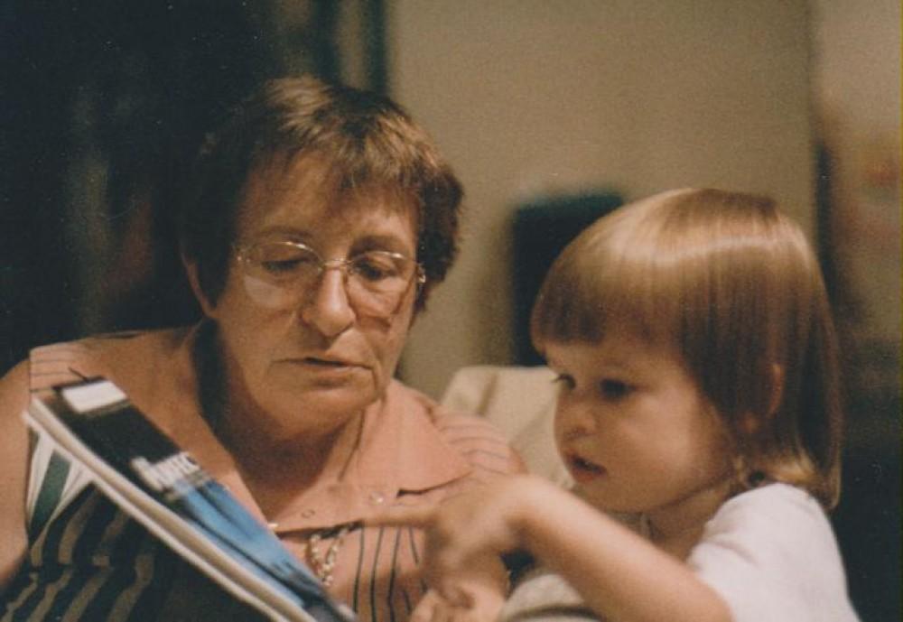 Su anūke Alina. JAV, 1986 m. gruodžio 7 d.